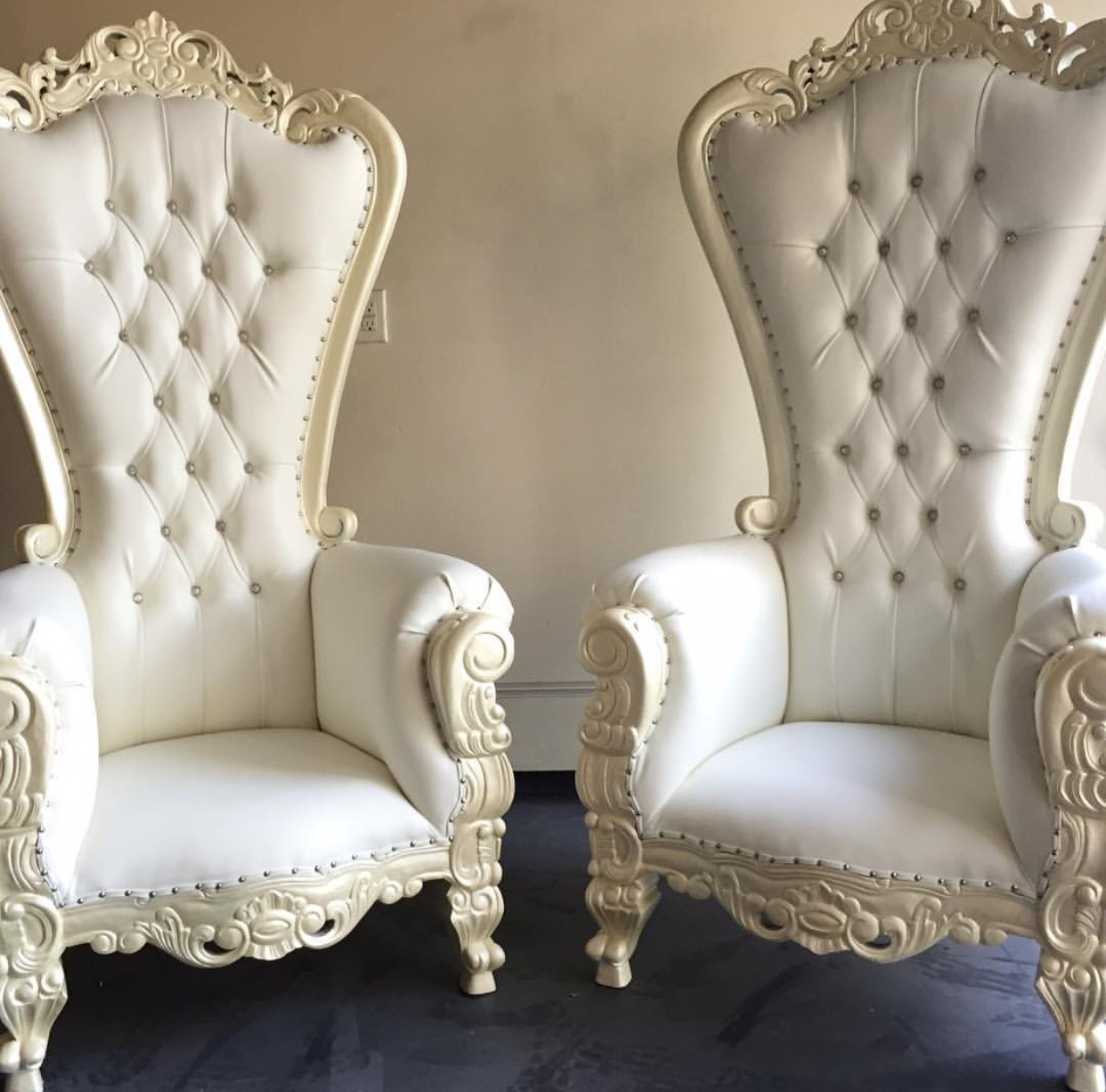 Nj Ny Throne Chair Rentals New Jersey New York S Wedding Dj Nj